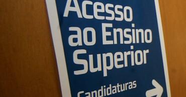 Lisboa, 10/07/13: Abertura das candidaturas à primeira fase do concurso nacional de acesso ao ensino superior.  Na foto:  estudante à saída da sala onde se realizam as candidaturas no ISCTE (Sávio Fernandes / Global Imagens)