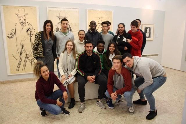 Técnico de Desporto visita Casa Fernando Pessoa