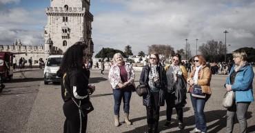 Alunos da turma 134 recebem comitiva de professores polacos